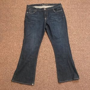 EUC Old Navy Sweetheart Flare Jeans
